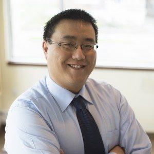 Dr Li, Chiropractor